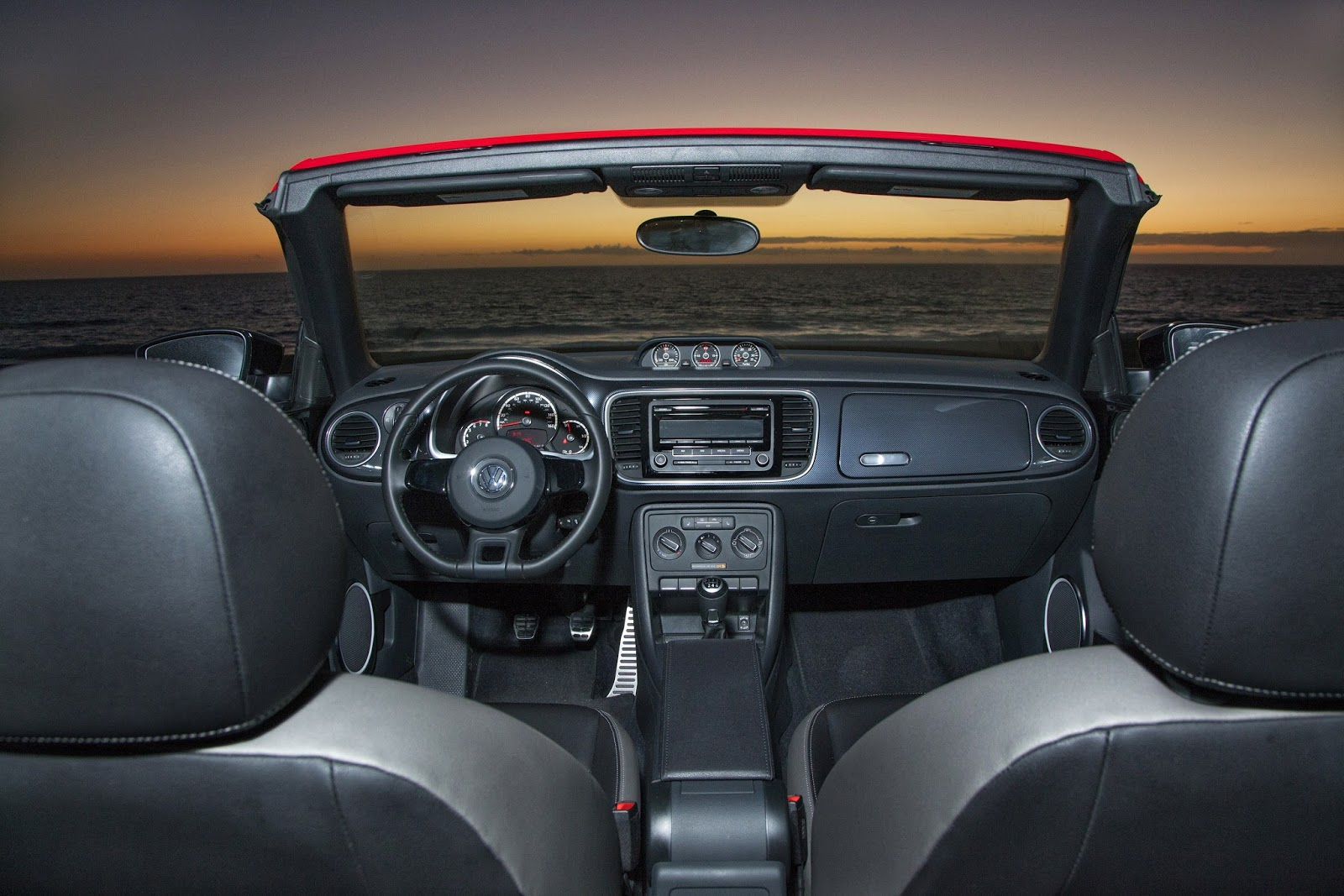 Interior View Of 2016 Volkswagen Beetle Convertible R Line Sel