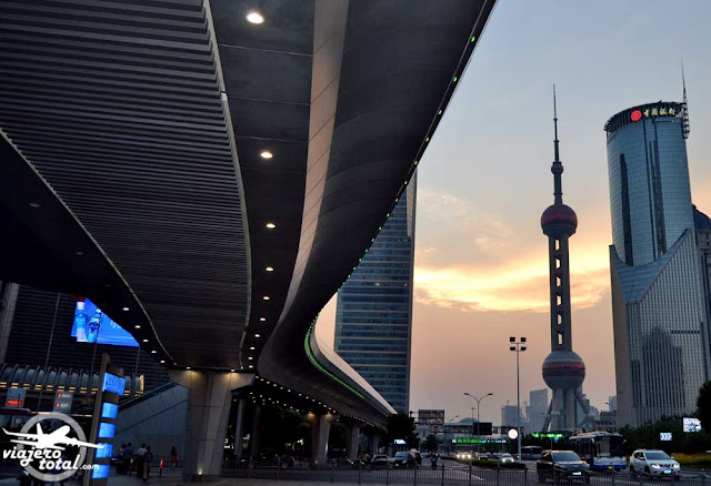 China - Shanghai - Rascacielos - Skyscraper - Jin Mao Tower