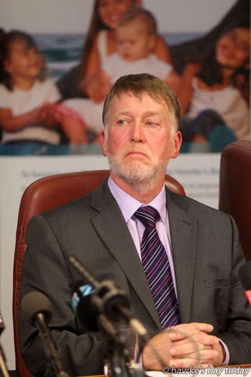 Dr Kevin Snee, CE, Hawke's Bay District Health Board, HBDHB - press conference at the HBDHB re a Gastro outbreak in Havelock North in water from a Hastings District Council bore. photograph