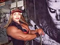 Wanita Cantik Ini Memiliki Tubuh Bak Hulk, Cowok yang Mendekat Langsung Ngacir