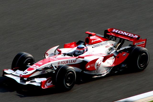 Gambar Mobil Balap F1 Super Aguri 01