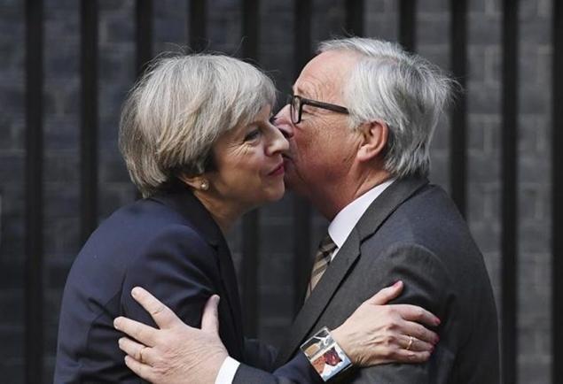 Bruselas tiene un mensaje para May: se acabó la fantasía