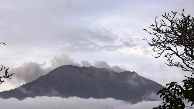 Gunung Agung Kembali Erupsi, Jauhi Radius Empat Kilometer