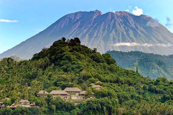 Aktivitas Vulkanik Gunung Agung Kini Meningkat, Warga di Sarankan Berhati Hati