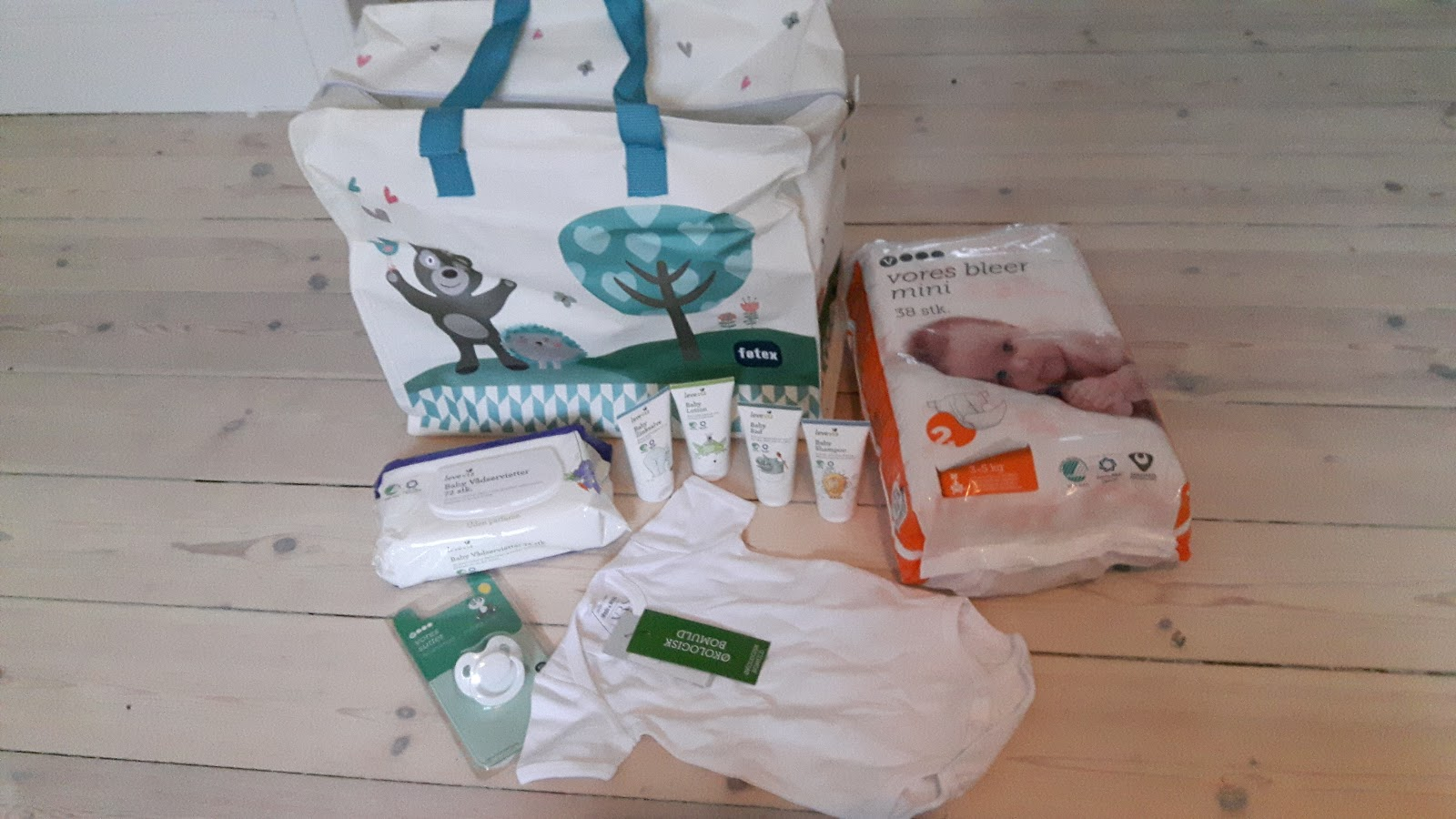 8368a6876 Gratis babypakker føtex
