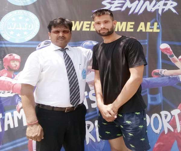तुर्कमेनिस्तान में आयोजित होने वाली सीनियर एशियाई किकबॉक्सिंग प्रतियोगिता अंतर्राष्ट्रीय रेफ़री संतोष कुमार अग्रवाल चयन