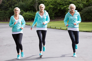See models who are identical triplets