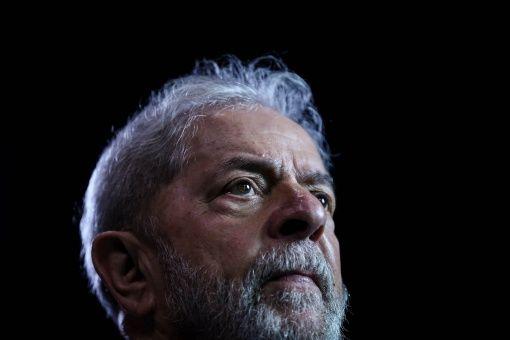 Defensa de Lula entrega recurso contra fallo por corrupción