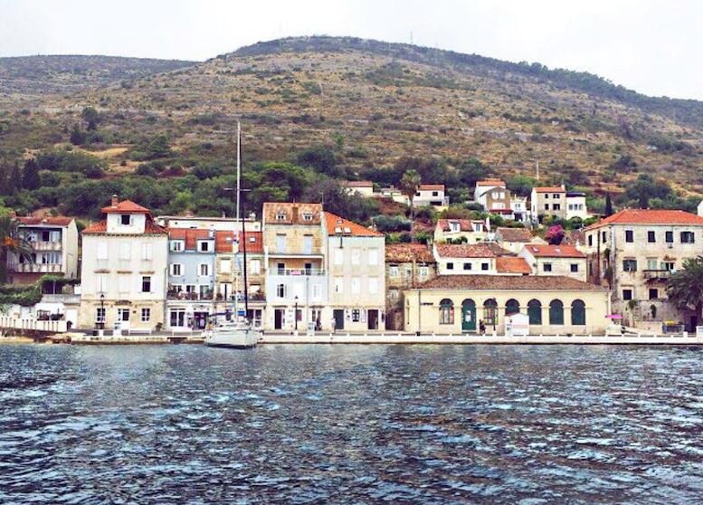 Segel_Kreuzfahrt_Foreo_Cruise_ViktoriaSarina_Kroatien_Hvar_Vis_Bol