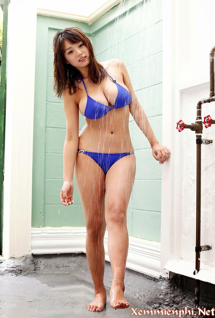 Ai Shinozaki Bikini