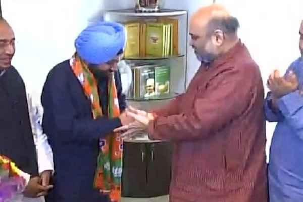 congress-leader-arvinder-singh-lovely-join-bjp