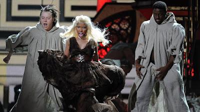 Billboard lista Nicki Minaj perdendo o Grammy em 2012 como uma das maiores injustiças da história do Grammy Awards.