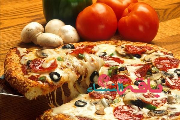 طريقة تحضير 5 أنواع من البيتزا الإيطالية منزلياً بأقل مجهود