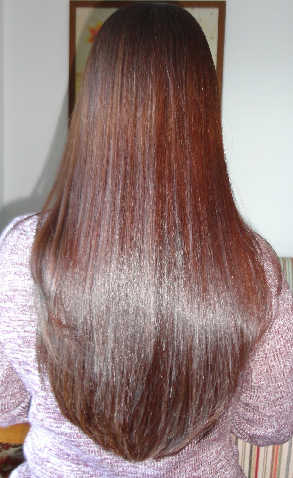 a5379c2b4 Sequei os cabelos sem escovar, finalizei as pontas virando levemente com a  ajuda da chapinha. Veja a diferença na raiz:
