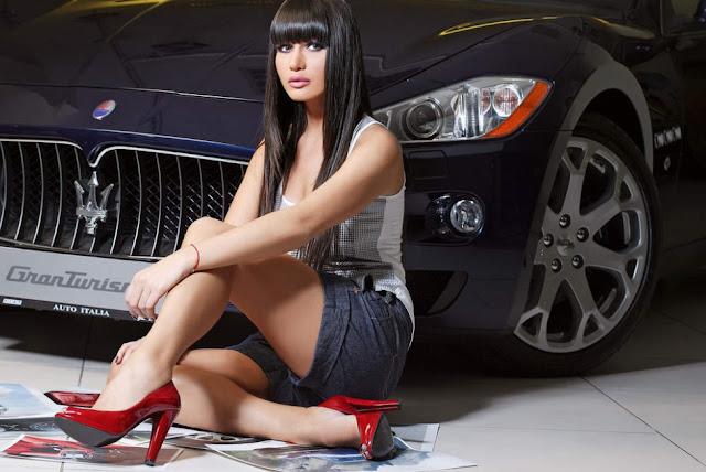Mobil yang dicari dicintai disukai di idamkan di dambakan wanita cantik
