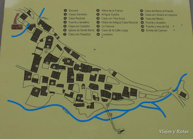 Panel con el mapa de Bárcena Mayor