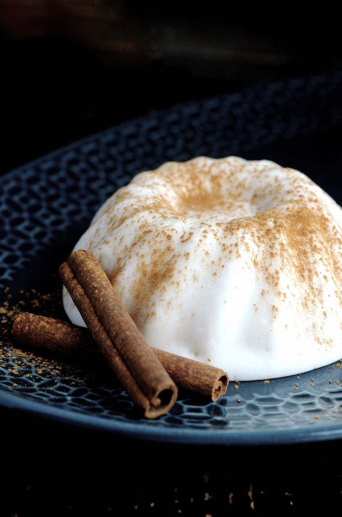 Puerto Rican Tembleque (Coconut Pudding) | Puerto Rican Desserts To Give Your Life Some Flavor | puerto rican desserts for christmas