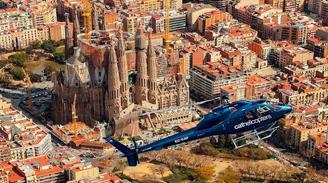 Passeio de Helicóptero por Barcelona