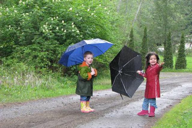 الأغاني التي يغنيها الأطفال عند نزول المطر