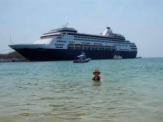 Holland American Cruise Ship Huatulco Mexico