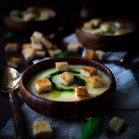 http://siasoulfood.blogspot.de/2015/12/pastinaken-cremesuppe-mit-basilikum-ol.html