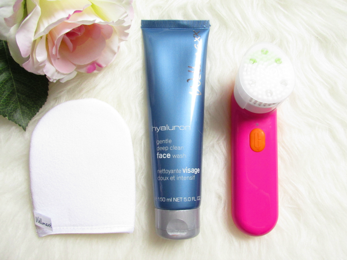 Wellmaxx Hyaluron Gentle Deep Clean Face Wash - 150ml - 17.95 Euro