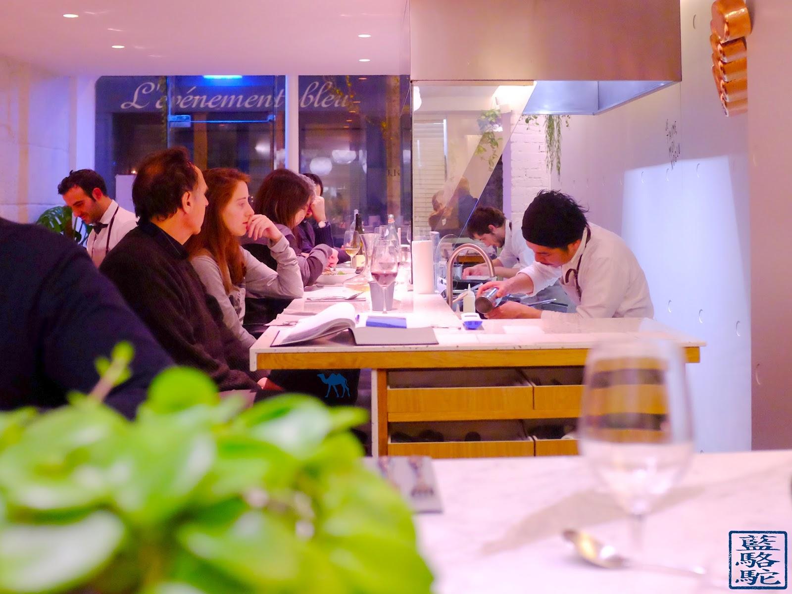 Le Chameau Bleu -Blog Restaurant Noglu - Le Chef en plein travail - NoGlu Resto à Paris