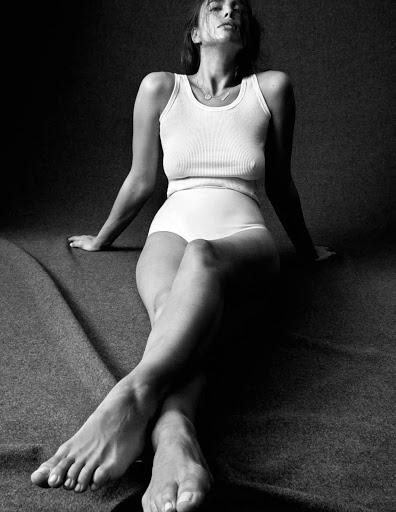 Irina Shayk sexiest vogue magazine model