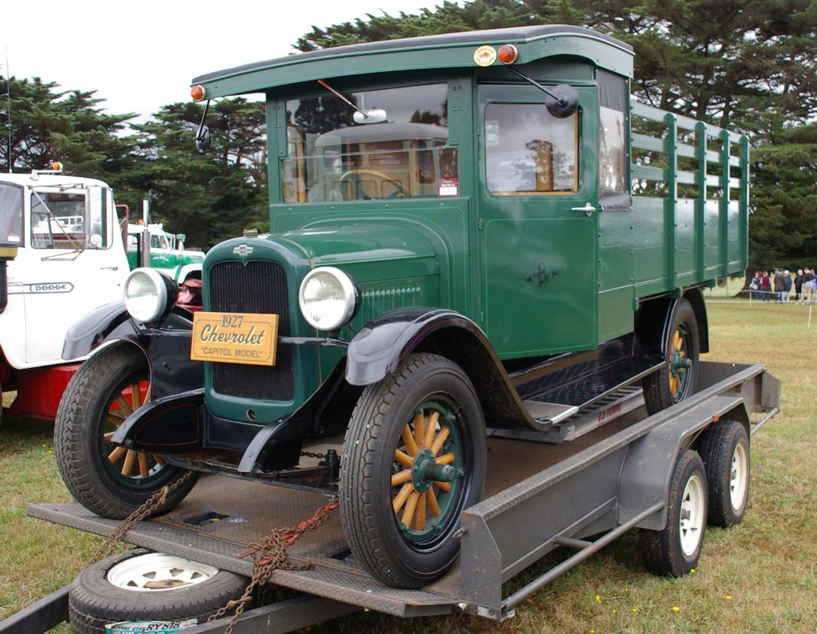 Historic Trucks Neerim Show 2016