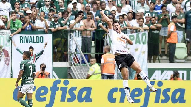 Carloto Júnior  Com gol no início 648cdda09074e