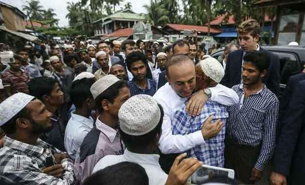 Alahamdulillah, Tak Butuh Pnecitraan, Bantuan Turki Untuk Rohingya Sudah Datang