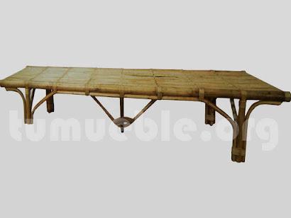 tumbona recta hecho en caña de bambu j415