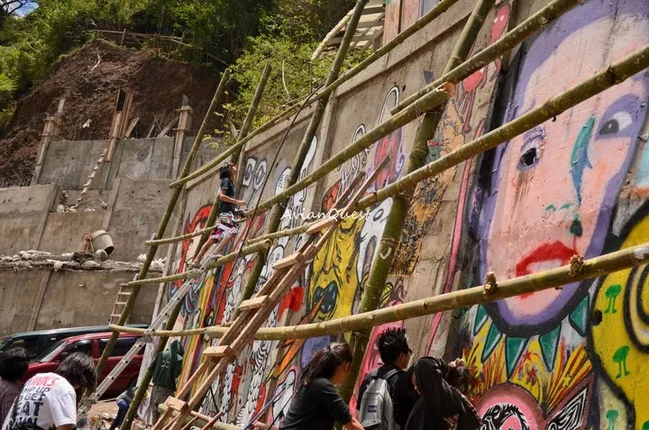 Tamawan Village Making of a Graffitti Mural Baguio City Philippines 45
