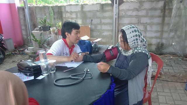 Patut di Contoh Komunitas Non Muslim Bekerjasama dengan Ponpes Bani Ali Gelar Pengobatan Gratis