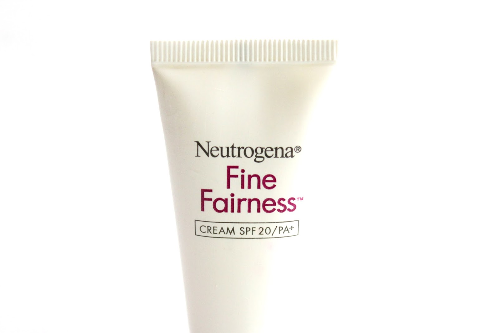 Neutrogena Fine Fairness Cream review, photos, price, buy online india