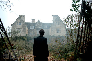 Another behind the scenes look of Dan Radcliffe's The Woman in Black + new promos