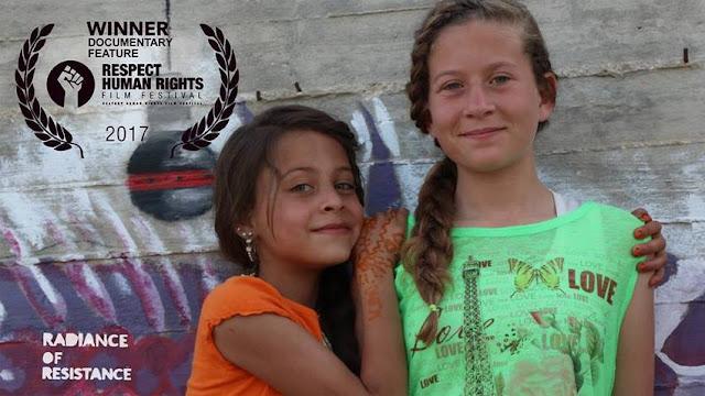"""Προβολή στο Δον Κιχώτη του ντοκιμαντέρ """"Η Ακτινοβολία της Αντίστασης"""" (βίντεο)"""