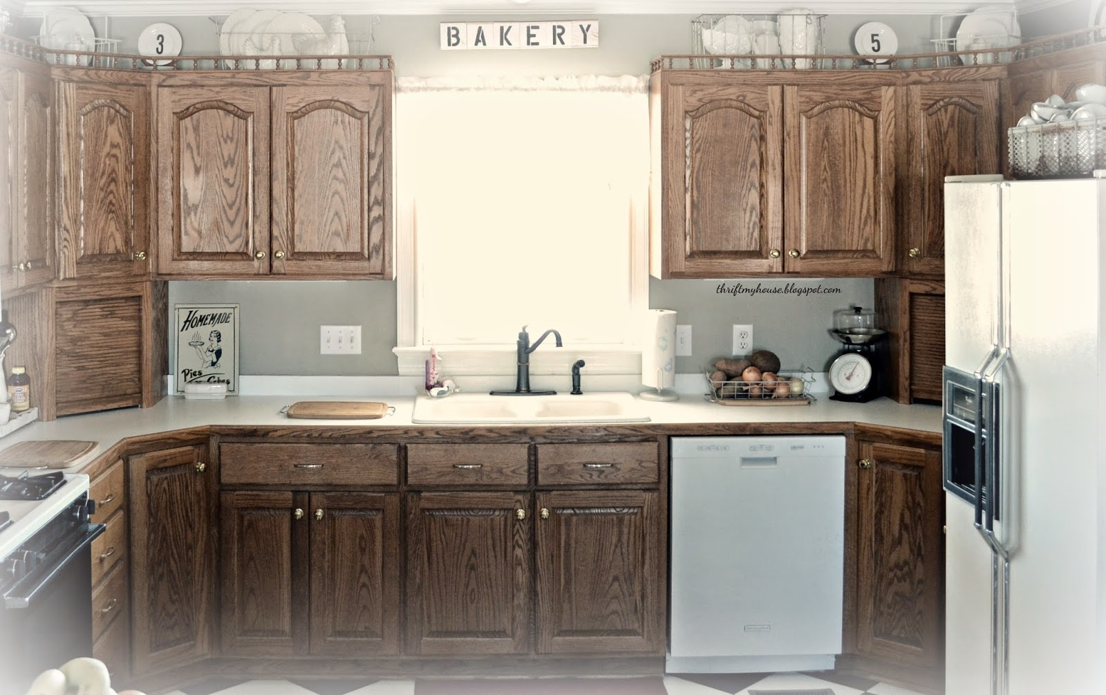 Decorating The Top Of Kitchen Cabinets
