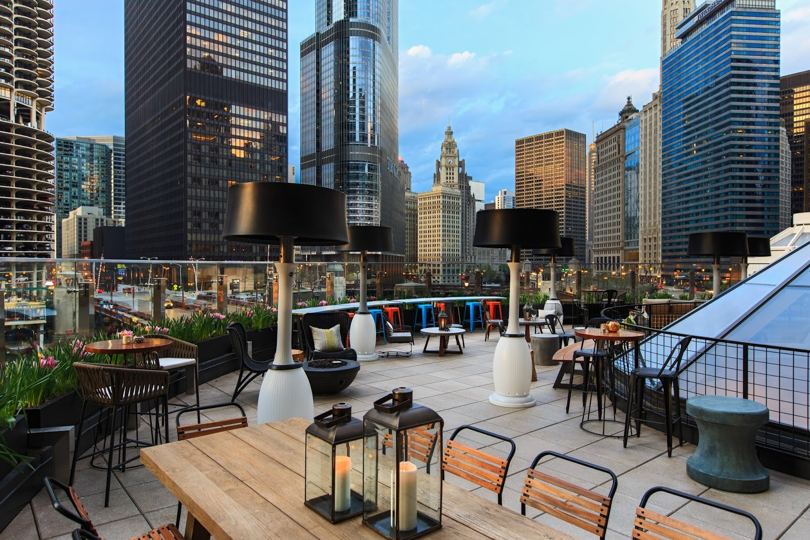 Renaissance Chicago Offers Memorial Day Weekend Package  via  www.productreviewmom.com