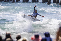 16 Tomas Hermes Vans US Open of Surfing foto WSL Kenneth Morris