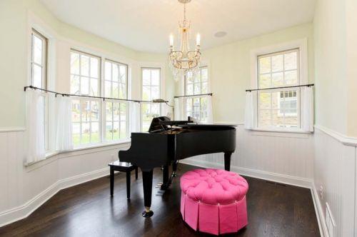 Cách bố trí đặt phòng Đàn Piano