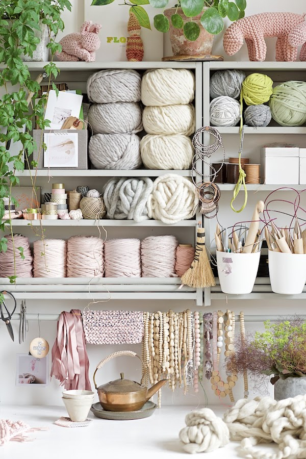 wool; studio; crafts; skeins; decoration; deco