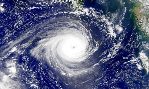 Tifones-y-huracanes-intensos