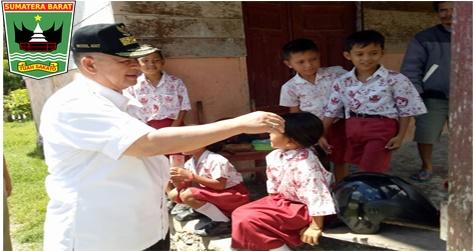 Wagub Nasrul Abit : Pendidikan Penting Dalam Menyiapkan Masyarakat Mentawai Dalam Kemajuan Pembangunan