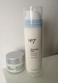 no7-hot-cloth-cleanser-skin-doctors-gamma-hydroxy-review