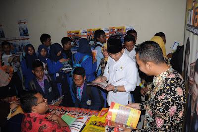Wakil Bupati Arifin Kunjungi Trenggalek Education Fair 2017