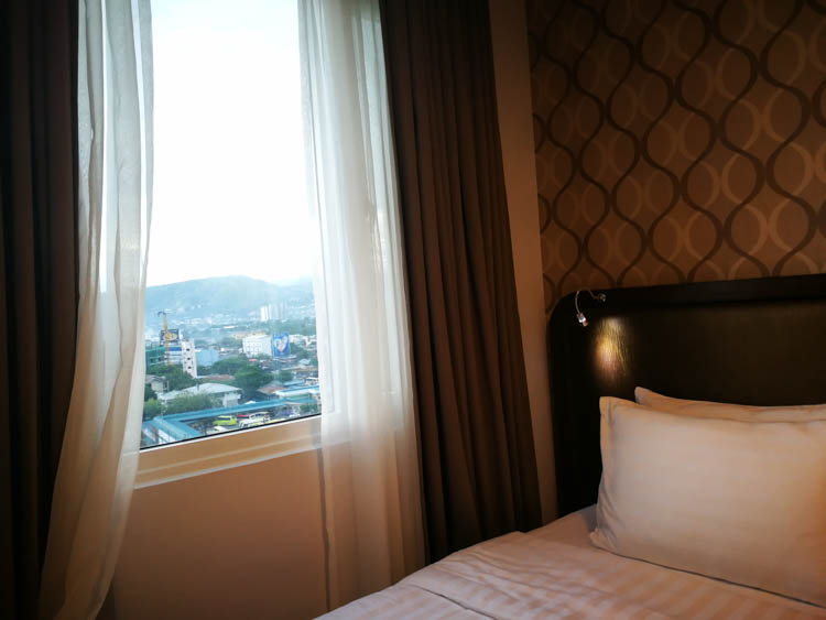 One Central Hotel Cebu City
