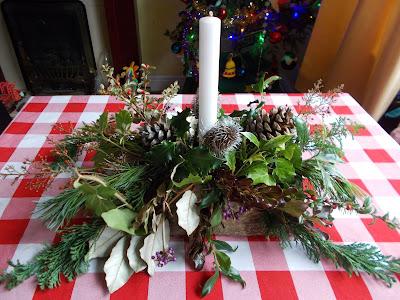 Christmas table decoration Green Fingered Blog