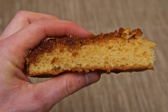 Lyle's Golden Syrup - Sponge Cake - Cooking - Food