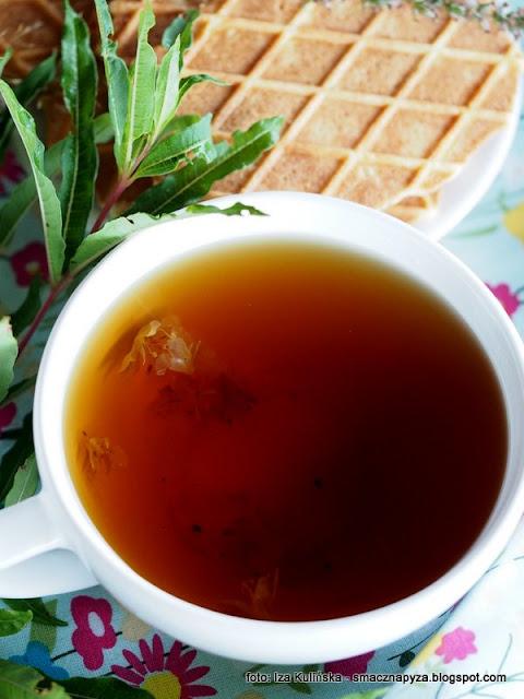russian tea, herbata z kiprzycy, wierzbowka kiprzyca, ivan czaj, herbatka ziolowa, ziola, laka, rosliny jadalne, kwiaty jadalne, przetwory, fermentacja